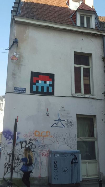 Must See Arcade 8bit Freelance Life Photography Brussels Snapshot Streetphotography Street Art Building Check This Out Capture The Moment Dont Miss It