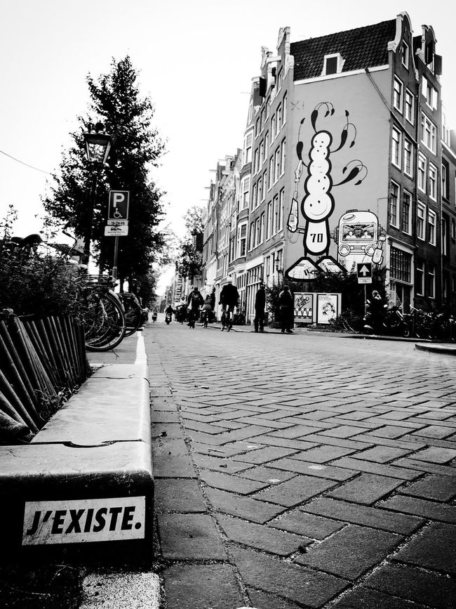 J'existe Revendication Claim I Exist Street Art Built Structure City Text Outdoors City Life Diminishing Perspective