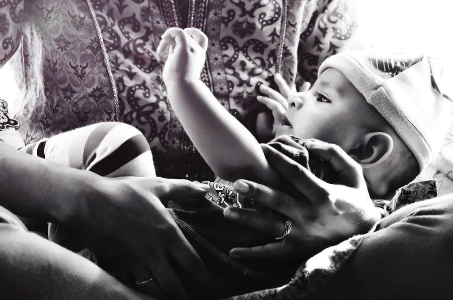 Comforting Warmth Mother Son Newborn Bonding Bond Love Mother And Son Motherhood Blackandwhite Black & White Black&white Monochrome