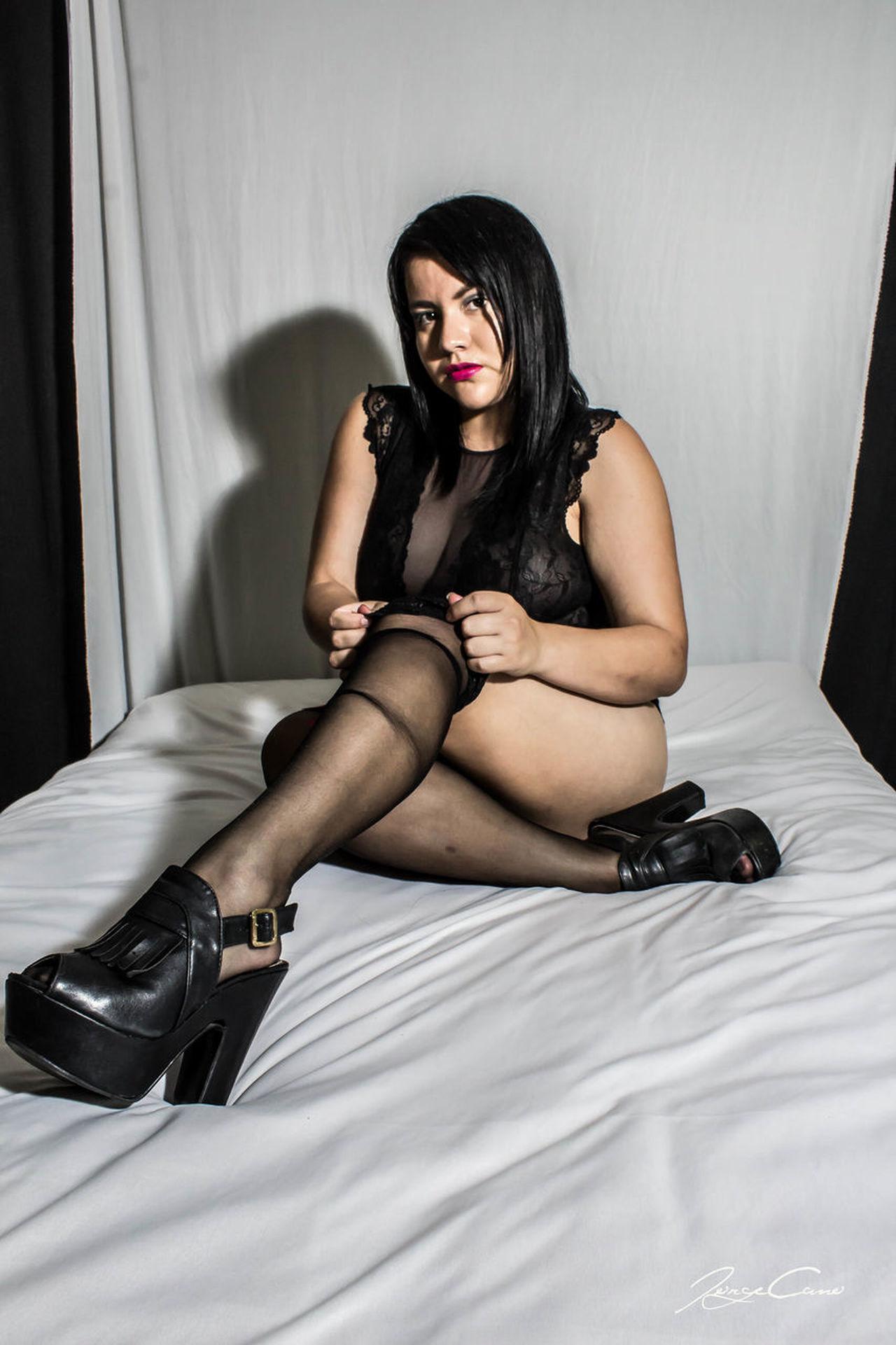 Hi! Arte Hello World SDHestudio Erotic_photo Noches Erotic_model