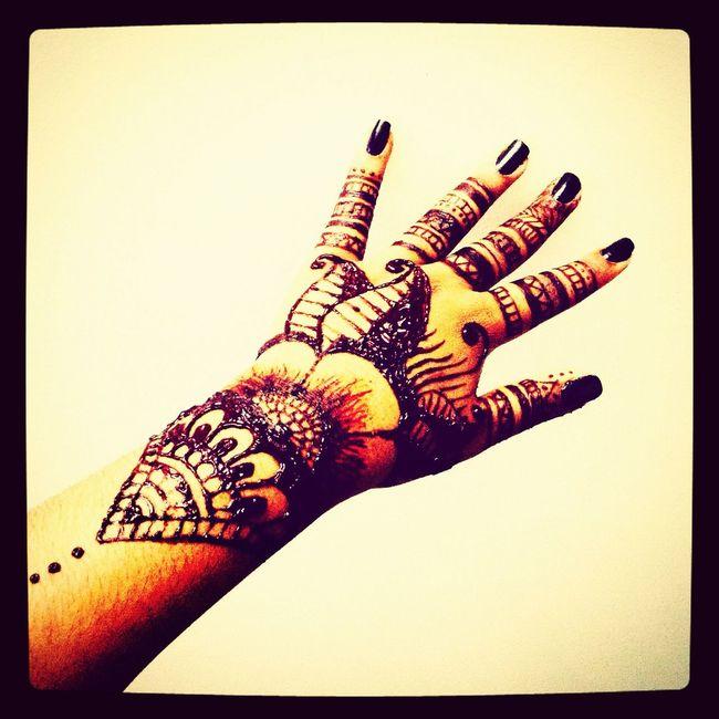 Self done henna ?? Art Tattoo Ink Drawing Henna Tatto
