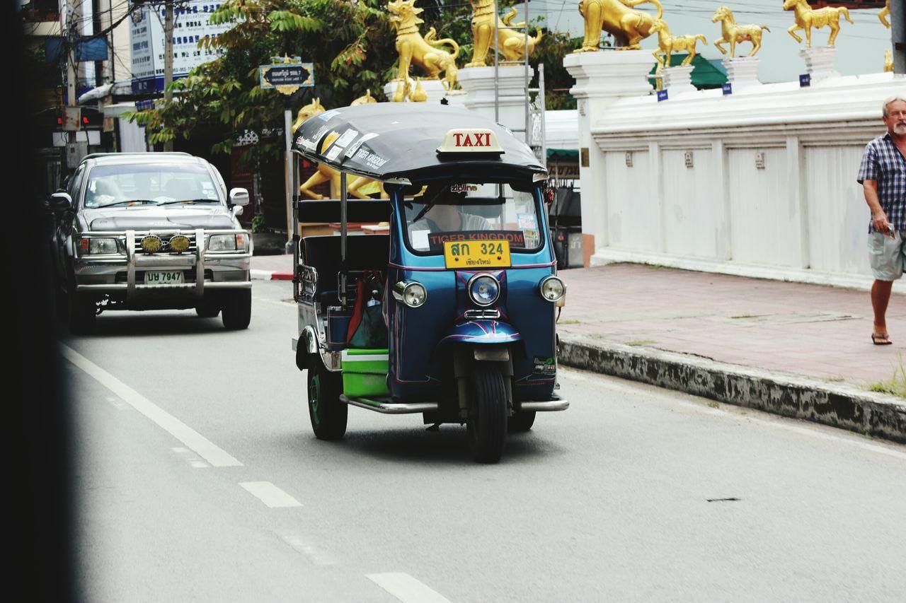 City Outdoors No People Day People Front View Cooperation TukTuk Tuk Tuk In Bangkok Tuk-tuk Tuk Tuk Tuktuk Thailand Transport Bus Beautiful Day Beautiful Move Movement Colors Color Colorful Color Photography