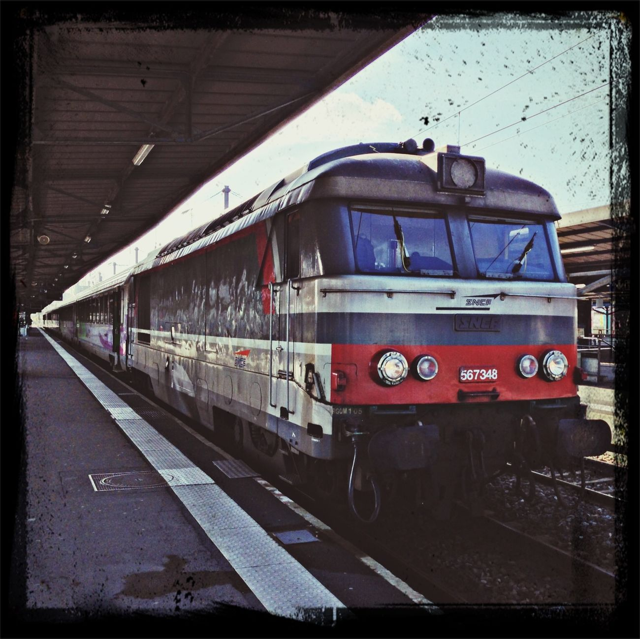 Perle rare en gare de Nantes : BB 67300. SncfRFF BB67300 Nantes First Eyeem Photo