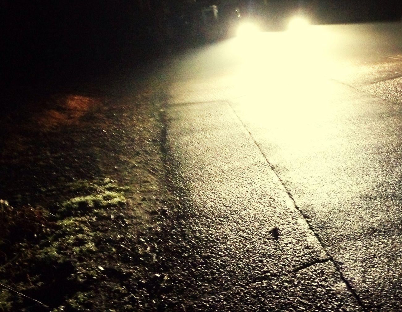 不思議な夜だな。 Steret Have No Name Nightphotography Street Photography EyeEm Nature Lover EyeEm Best Shots Foggy