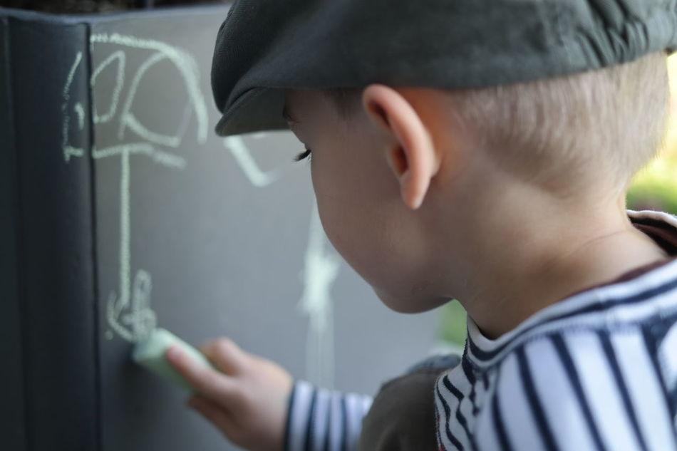 Beautiful stock photos of drawings, Art, Boys, Cap, Caucasian Ethnicity