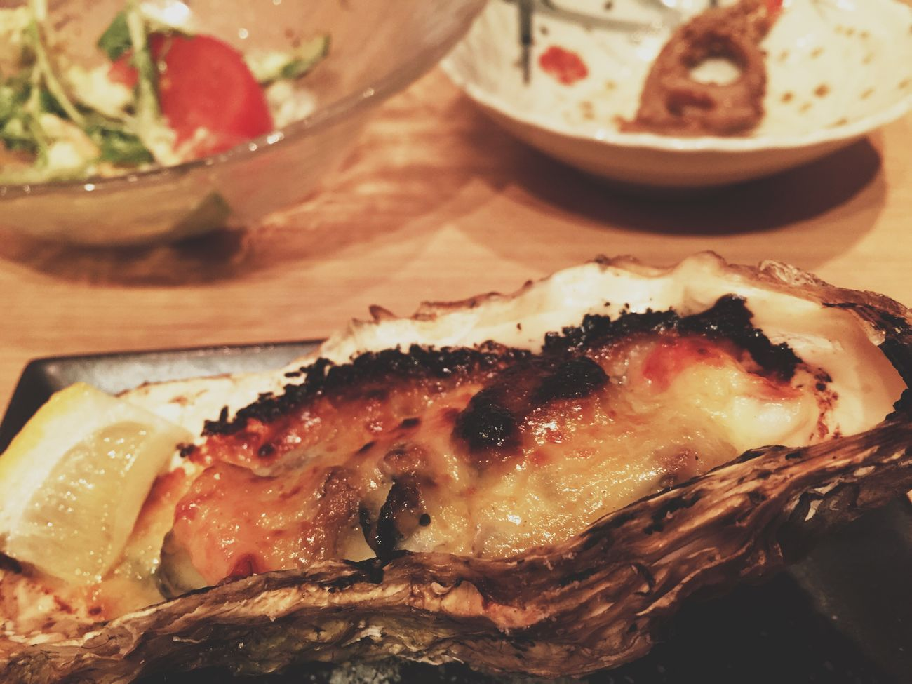 ほぼオール325円のお店。これは牡蠣のみぞれ焼き Japanese Food Yummy