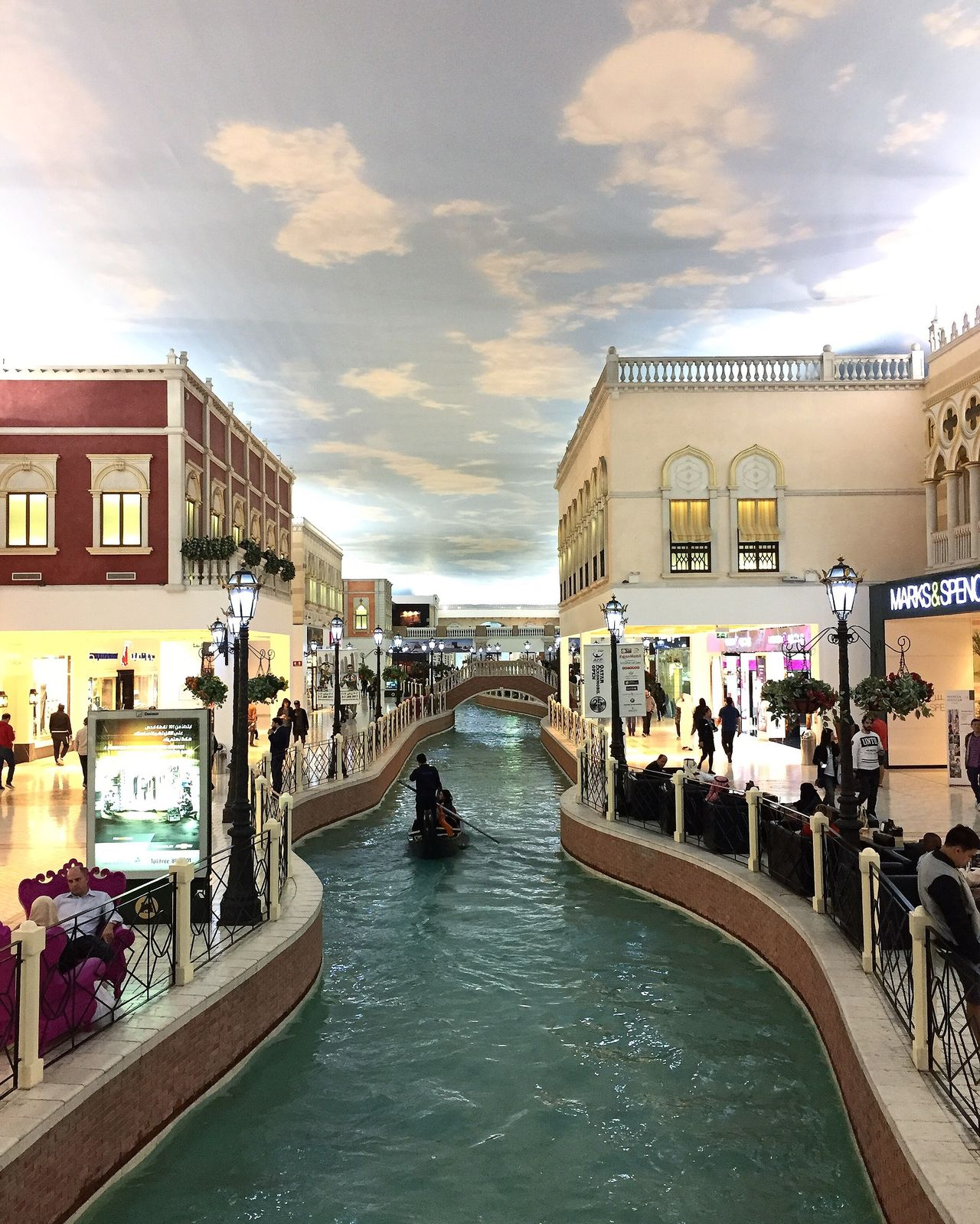 Villagio Architecture Outdoors Building Exterior Built Structure Sky City Canal Water Cloud - Sky Large Group Of People Real People Men Day People