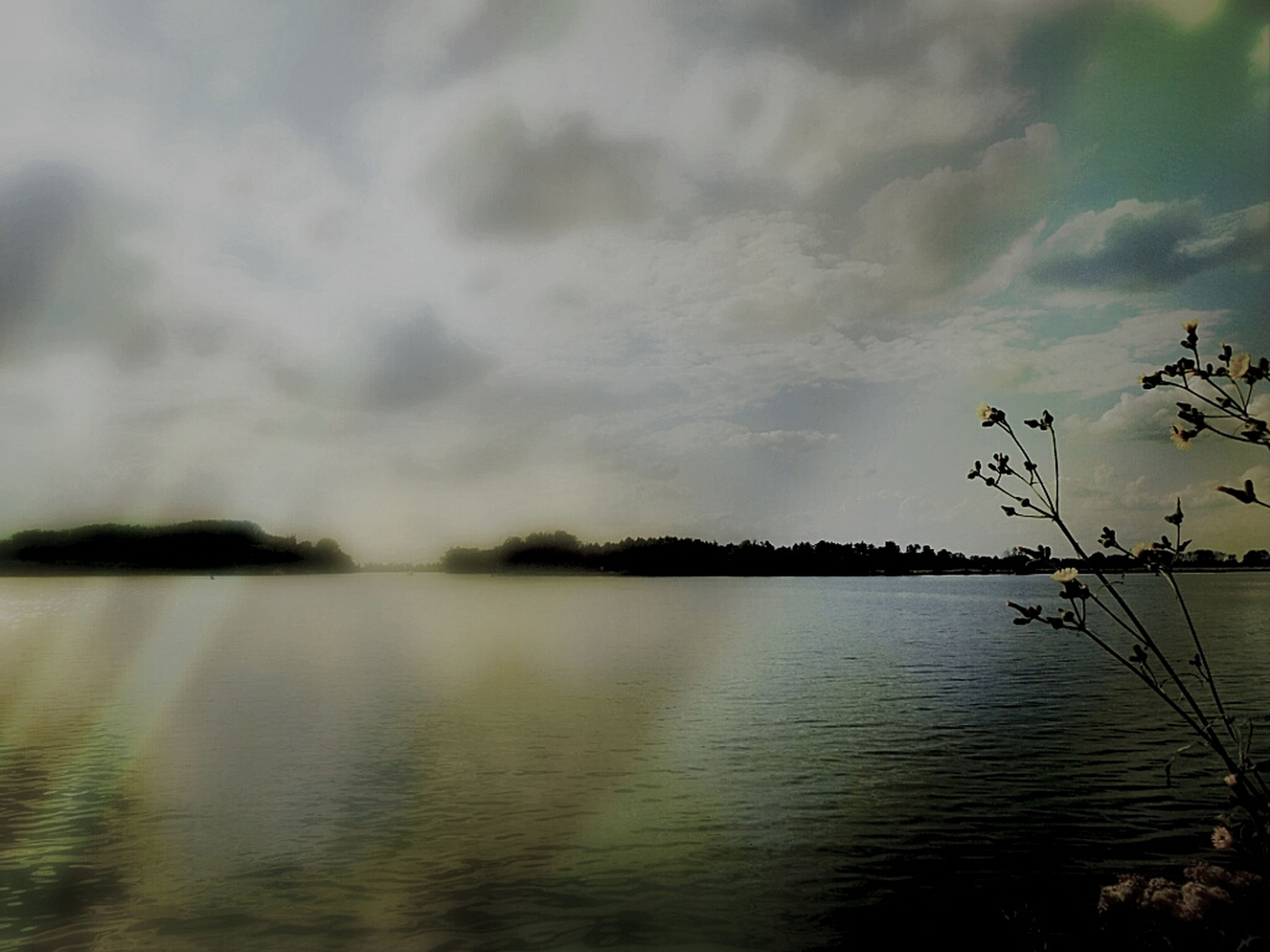 water, tranquility, tranquil scene, sky, scenics, lake, beauty in nature, nature, waterfront, cloud - sky, reflection, idyllic, tree, cloudy, plant, cloud, growth, outdoors, calm, river