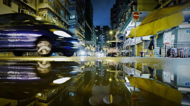 Signal No3 TKW HongKong Discoverhongkong Reflection Streetphotography Nightphotography Water_collection Night Lights Leica Leica_Q Night View