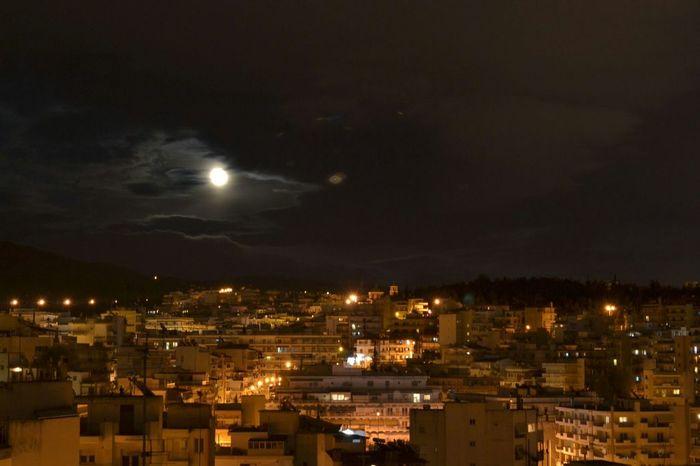 Bark at the moon Night Photography Urbanphotography Night Lights