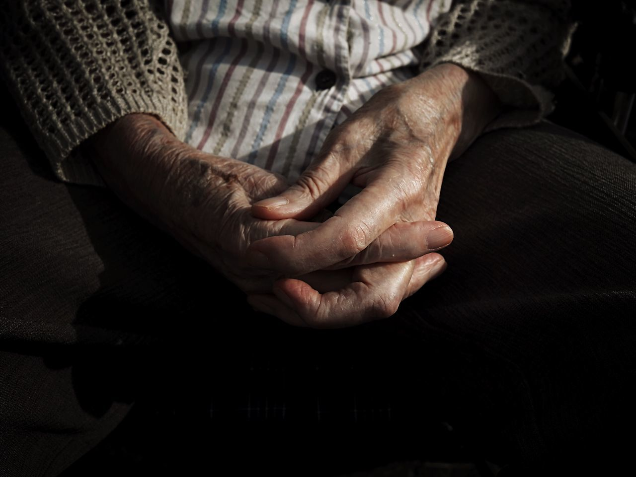Senior Adult Senior Women Hand Human Skin Sitting Light And Shadow Sunlight Shadow
