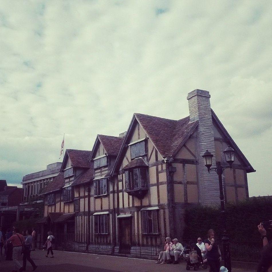 House Shekspear England Sky TagsForLikes @tagsforlikes beautiful photooftheday quotes