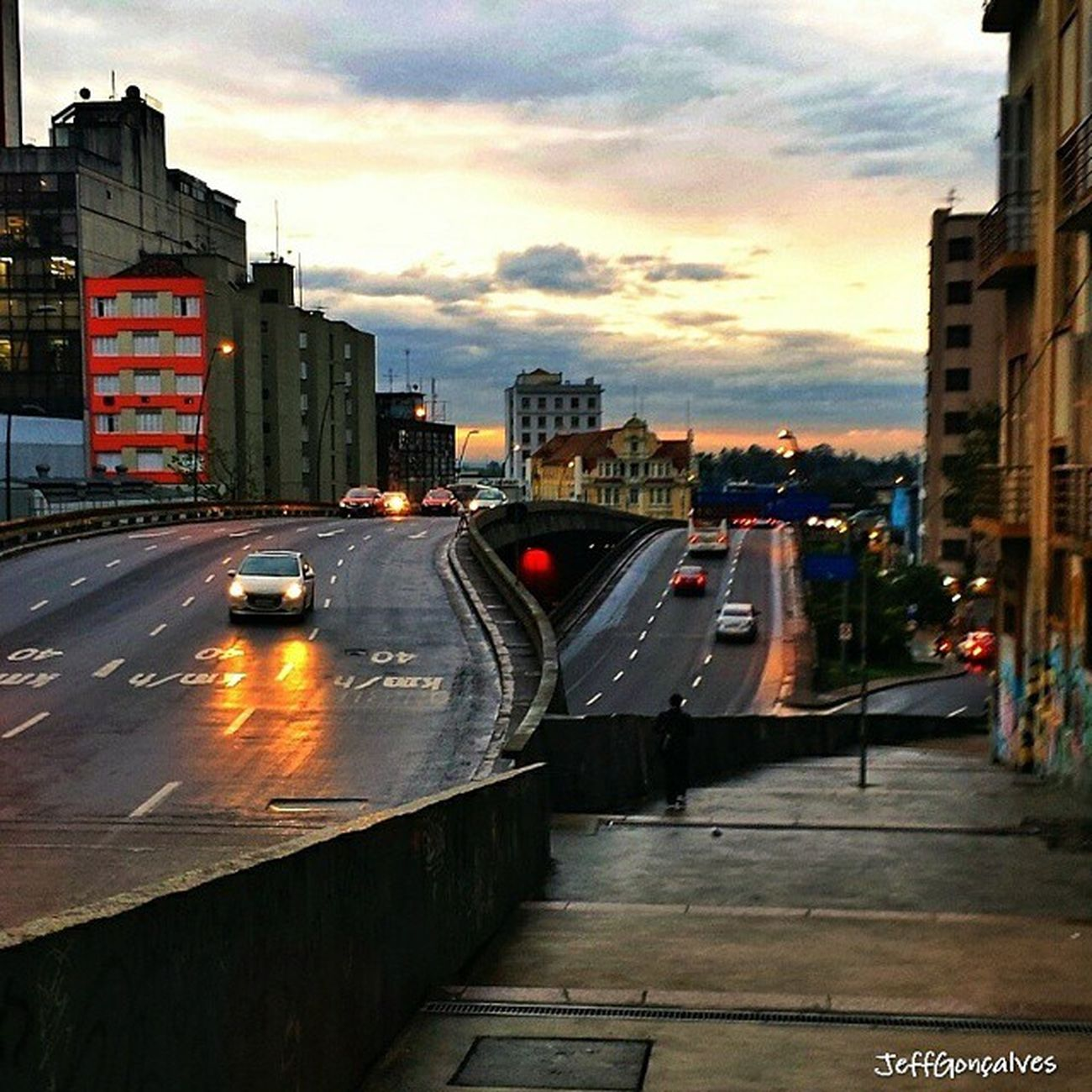 Caminhadas por ai.... Viaduto Da Conceição em Porto Alegre Caminhadas Paisagem Poa Street Sky Igerspoa Sunset Clounds  Rain Chuva Nature