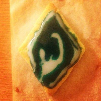 Mein erster, krüppeliger werderbremen-Keks dieses Jahr :D