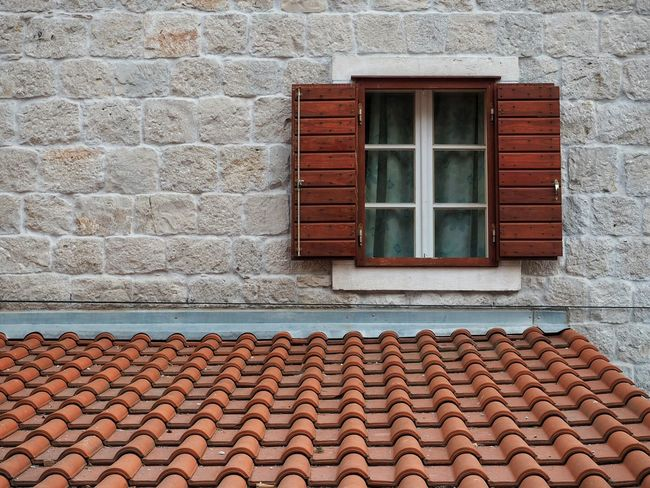Split Croatia Shuttered Windows Windows Shuttered Orange Façade Stone Stone Wall Shingles Matching Autumn Colors Travel Photography Tiled Roof  Old Town Architecture Wall No People No Person