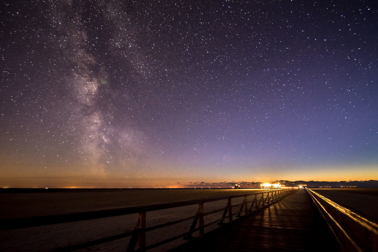 Pier to the Milky Way Astronomy Deutschland Eiderstedt Europa Europe Galaxy Germany Landscape Milchstrasse Milky Way Nacht Nature Night Night Sky Nordsee North Sea Outdoors Pier Schleswig-Holstein Sky Skyporn Space St Peter Ording Starry Steg