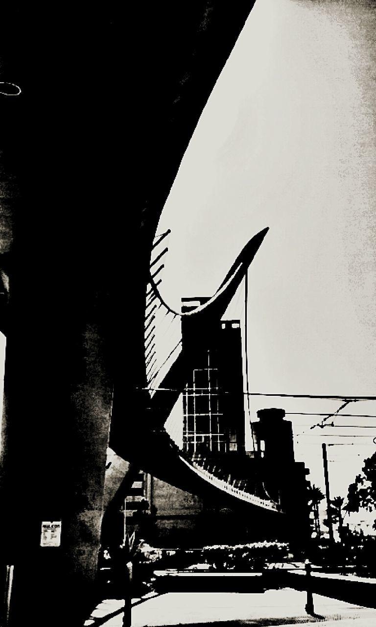 architecture, built structure, transportation, city, bridge - man made structure, no people, suspension bridge, outdoors, building exterior, day, sky