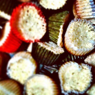 More macaroons. More diabetes. Thanks, ate @adersaydnimoreza Instaba