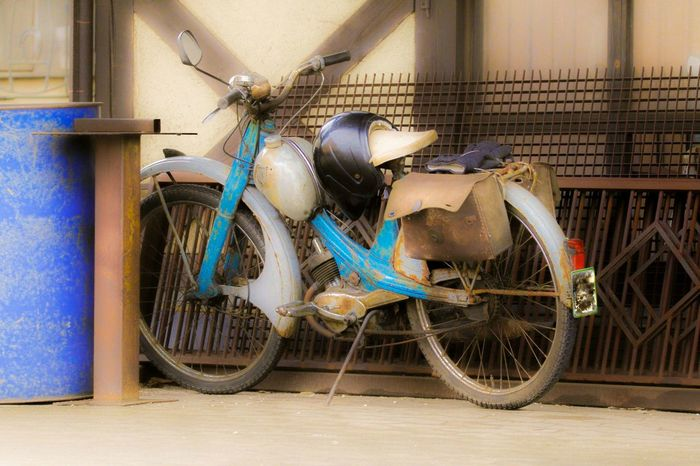 Mofa Moped Mode Of Transport Transportation No People Land Vehicle Stationary Bicycle Art Old Alt Antique Rims Ps Style Kult Rarität Motor Motorbike