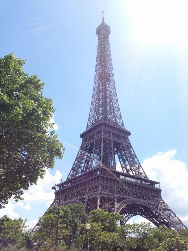 Paris France Toureiffel Toweringabove