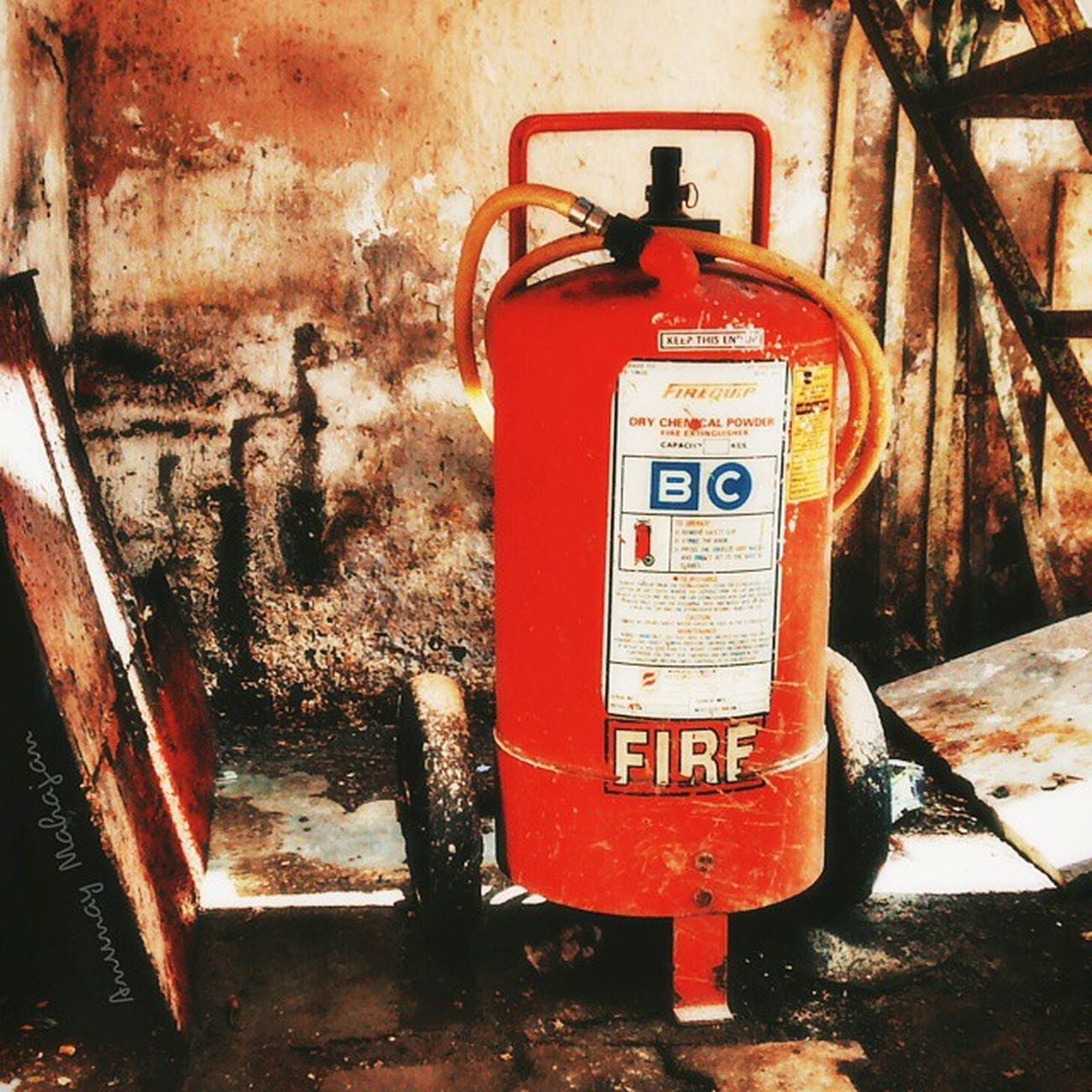 Extinguish the FIRE around you! Retro Extinguisher Fire Safety gadget mobilephonephotography cellphonephotography motography MotoG MyMotoG MotoGPhotography vscoindia vscocam vsco fotoartegram Instagram instamood retroLook travel explore pixlr autodesk webstagram highSaturation instalike ig_captures ig_shots photography old summer