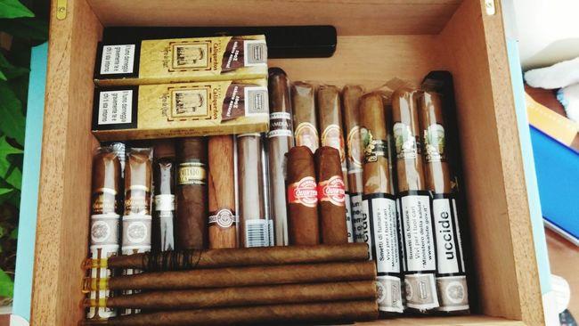 Sigari Smoke Cuba Humidor  Partagas Seried D No.4 Davidoff MonteCristo  Fumo EyeEm Best Shots Blackandwhite