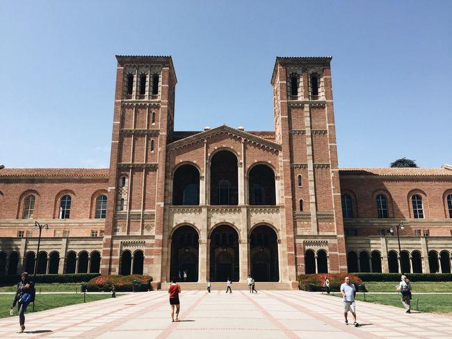 UCLA UCLA  Los Ángeles