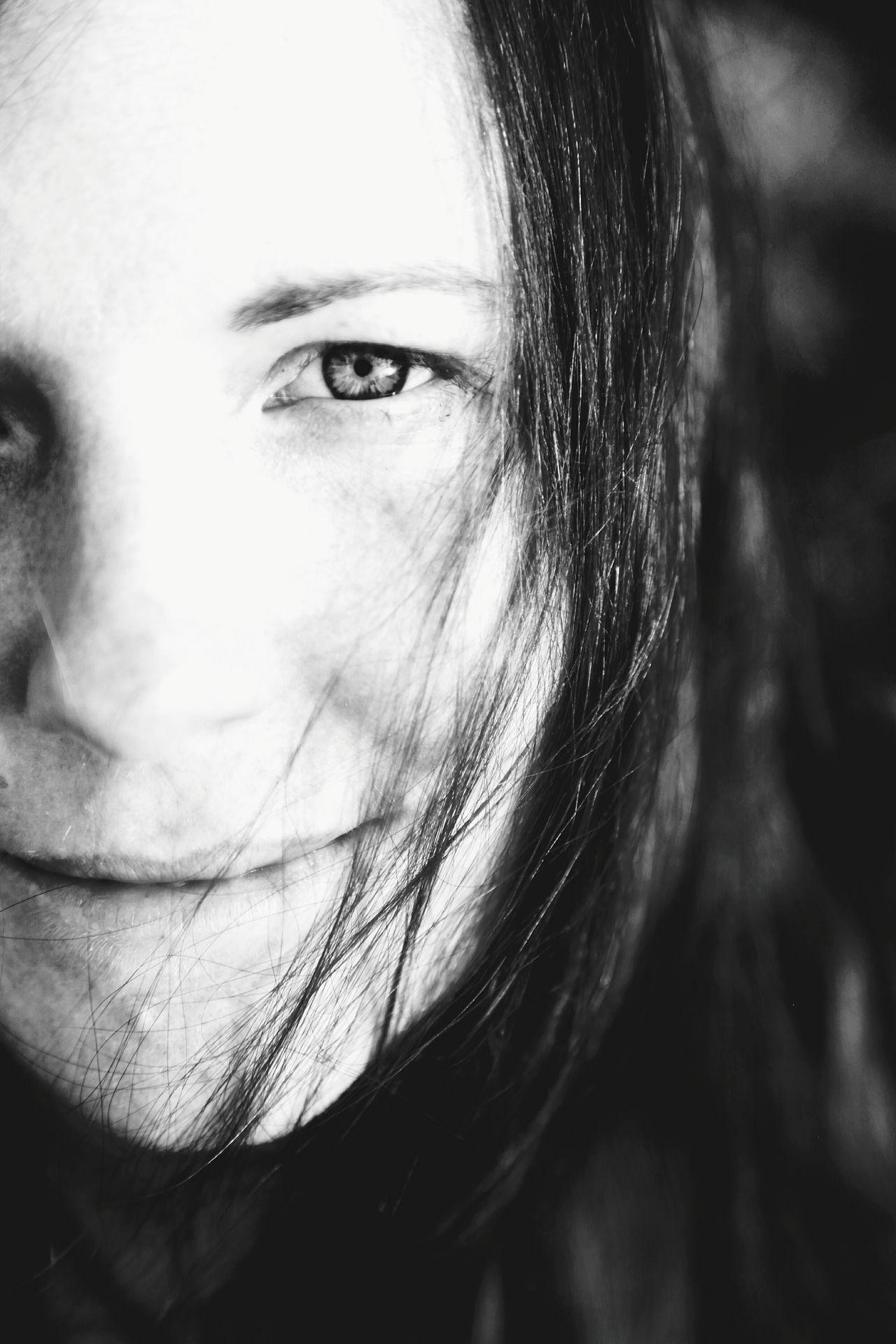 Portrait Portrait Of A Woman Close-up Eye Eyes Face Human Eye Human Face Human Body Part One Woman Only Real People People Looking At Camera Blackandwhite Black And White Black & White The Portraitist - 2017 EyeEm Awards