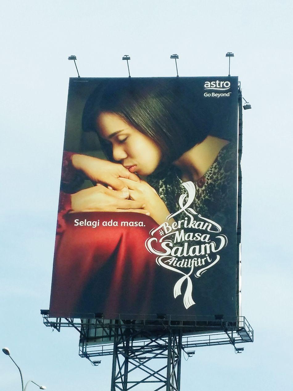 Love is in the air.. Love is everywhere.. Lovemom  Malaysia Kuala Lumpur Malaysia  Ontheroad Waytohome Asian