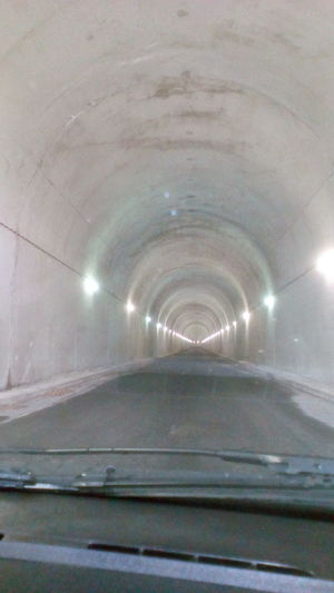 tunel, car, no people Day