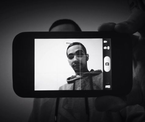 AMPt - Shoot or Die at iPhone 3GS by Miguel Cano