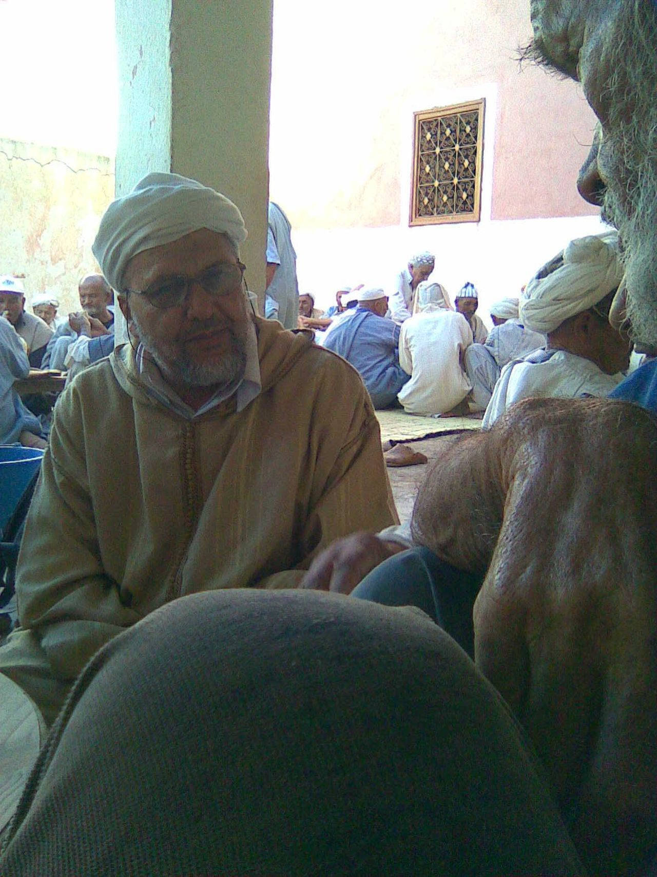 conversation to mosque imam Berber  Clothes Comfortable Djellaba Festivity Folklore Islam Lifestyles Men Morocco Mosque Oriental Relaxing Tamazight Tiznit Togetherness Turban Vila