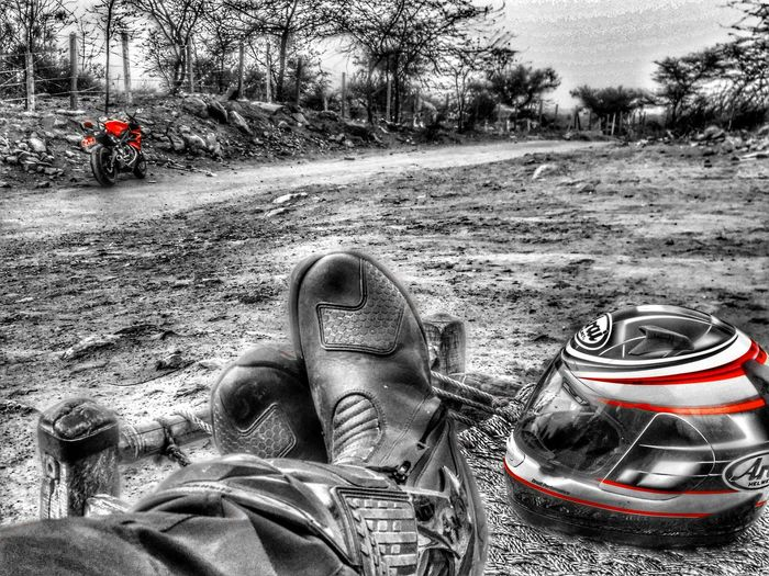 Biker life Hello World Hi! That's Me Check This Out Enjoying Life Colour Of Life Taking Photos Hanging Out Relaxing Color Palette Cheese! Triumphmotorcycles Triumph Bike Biker Arai Helmet Boots