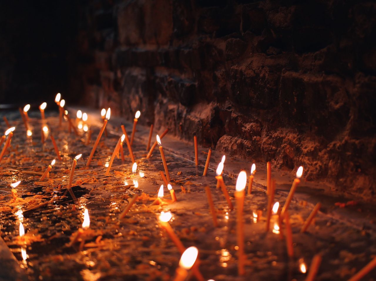 Candle lights... Flame Burning Glowing Heat - Temperature Illuminated Close-up Night Nature Lights Religion Candle Candlelight Candles Worship Details Of My Life My Favorite Photo VSCO Light Made In Romania Backgrounds Moments Of Life Fresh On Eyeem  WeekOnEyeEm Church