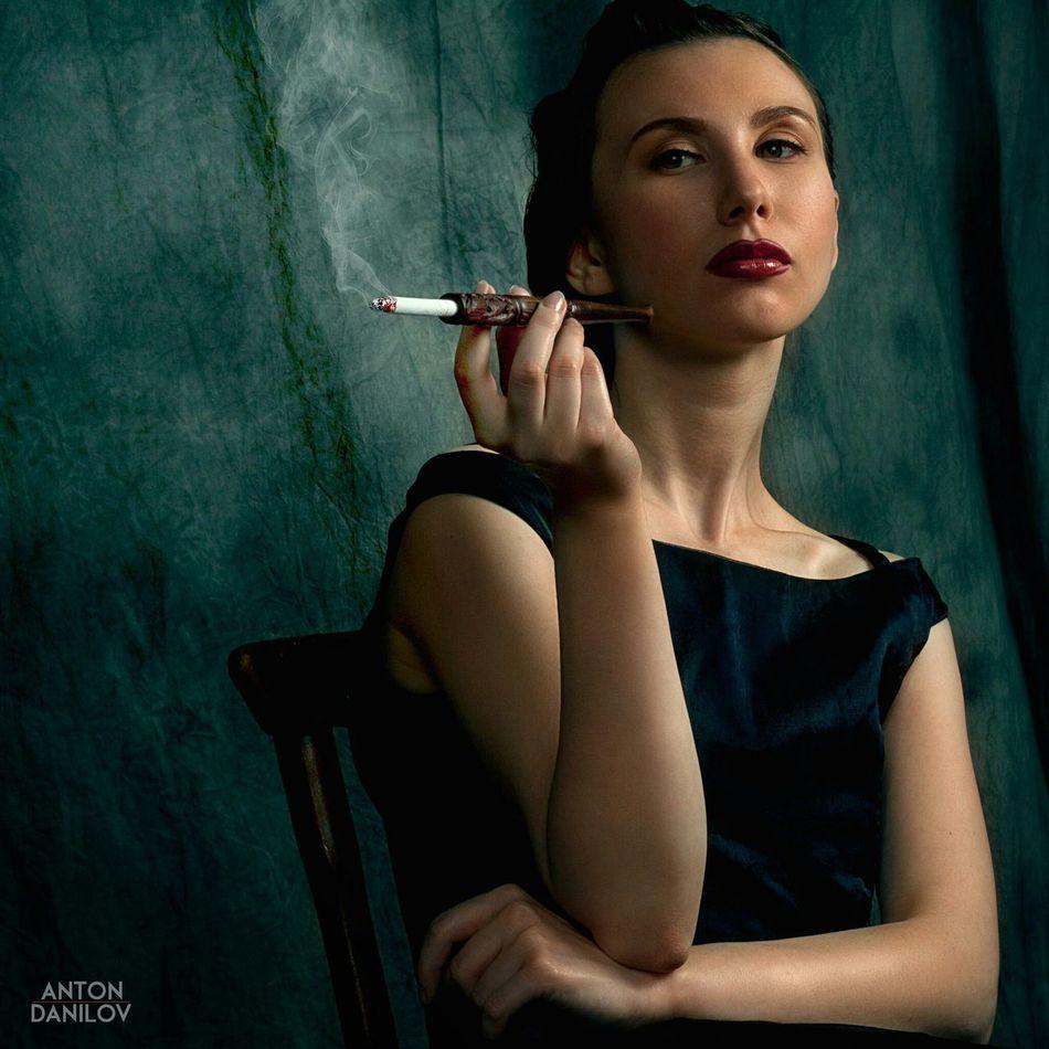 Noir Woman Past нуар First Eyeem Photo