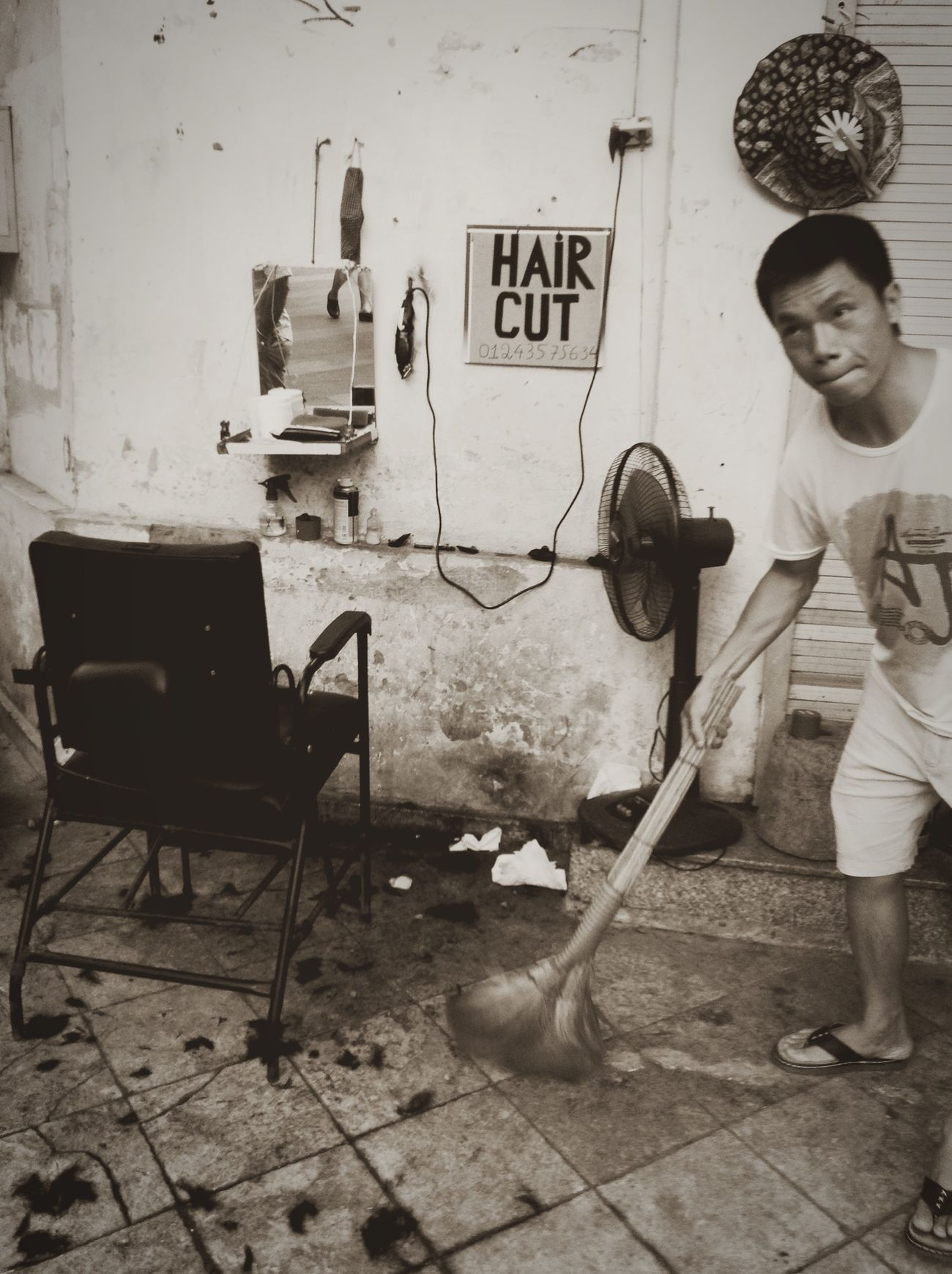 Barbershop located outside of the street Hanoi Hanoi City Hanoi Vietnam  Beautiful Hanoi Streetphotography Living Life Eyeem Philippines Taking Photos Enjoying Life Hello World