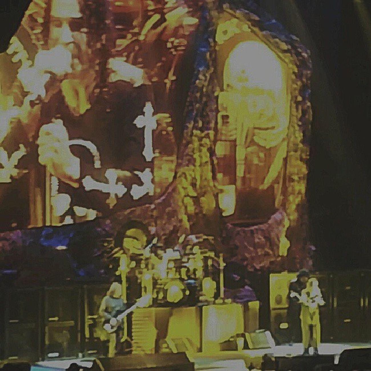 Blacksabbath Ozzy Metal Heavymetal paranoid warpigs music vinyl guitar 13 metal ironman osbourne ozzyosbourne geezer tommyiommi sabbath live in brisabane 2013 australia love like4like band followforfollow rock awesome stage bass likeforlike