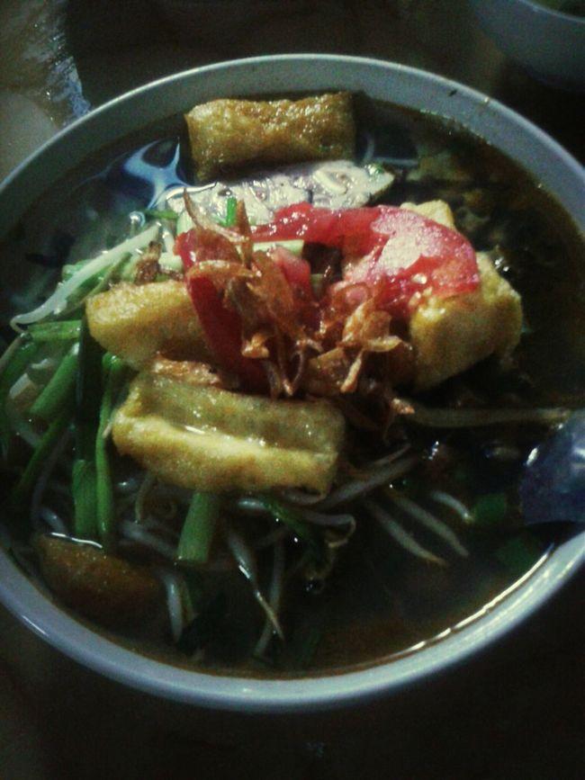 Bún ốc Hanu đó :3 ngon nhất quán luôn!! (y) Hanu Noodle Vietnamese Food
