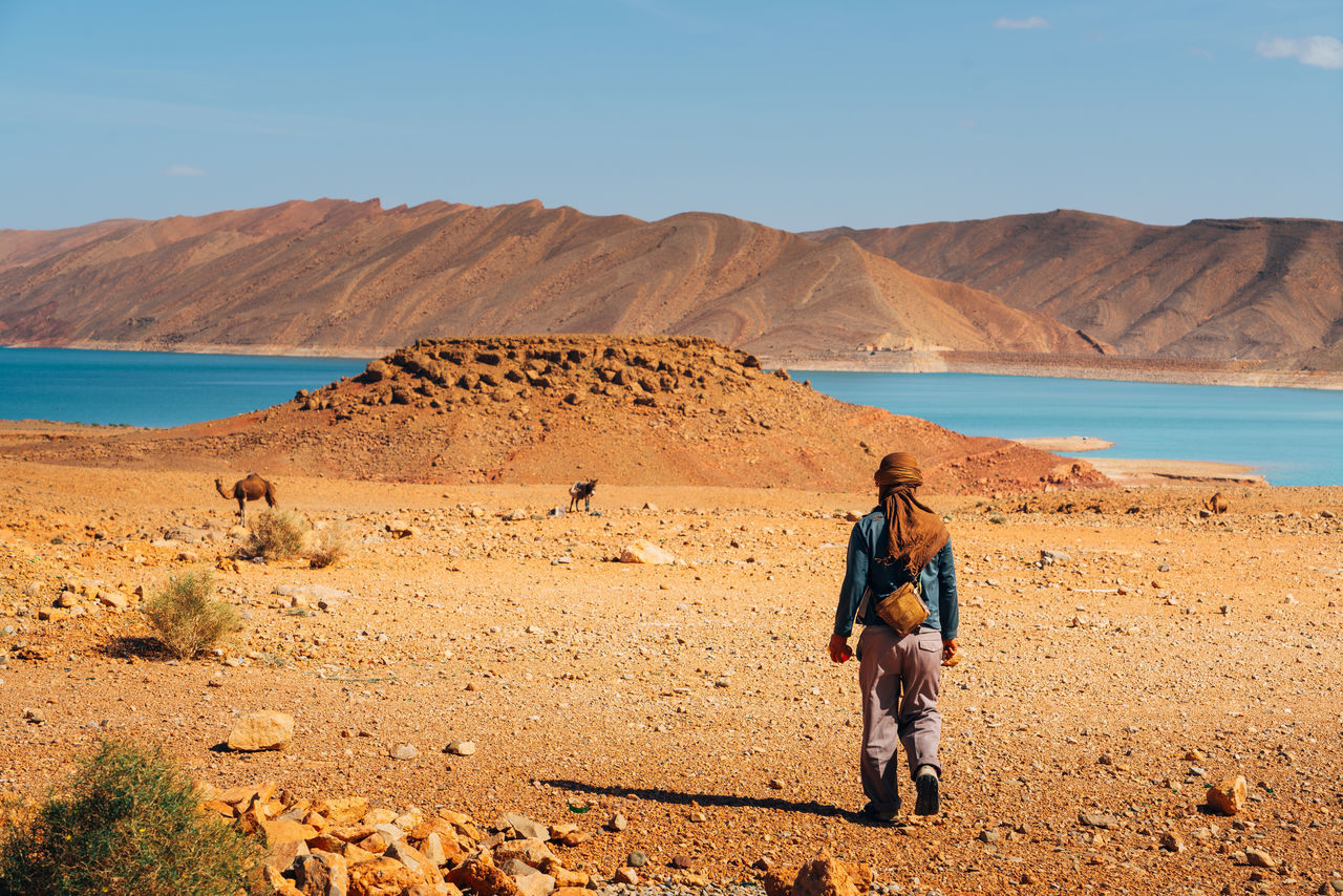 Beautiful stock photos of wüste, desert, real people, outdoors, landscape