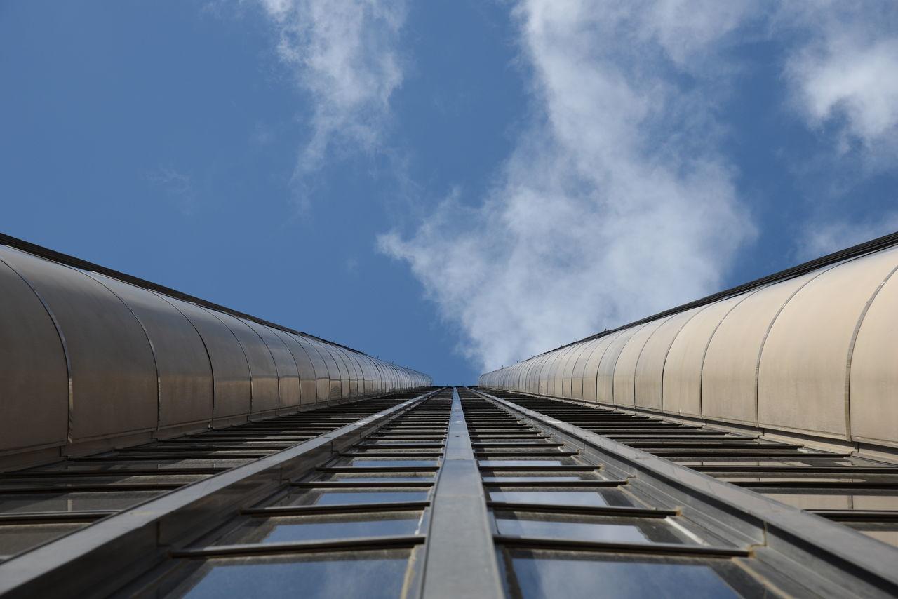 The Architect - 2016 EyeEm Awards Sky Montparnassetower Montparnasse Paris France Landscape Clauds And Sky Clauds Nikon D750 Nikon D750