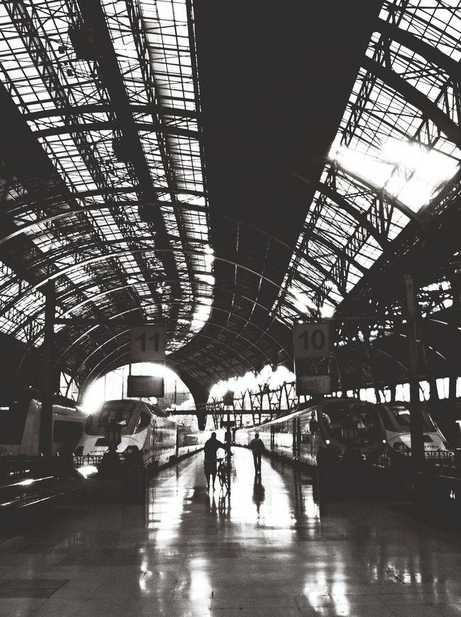 Estacion De Francia Black & White Blackandwhite