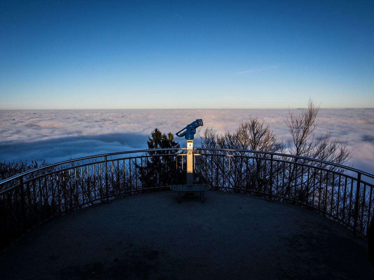 Sae of fog My Winter Favorites Foggy Day Fog Foggy Seaofclouds Seaoffog üetliberg Zurich, Switzerland Zürich Switzerland Schweiz Skyporn Sky_collection Wintertime Winter