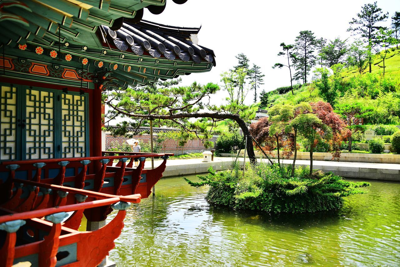 International Garden Exposition Suncheon Beauty In Nature Built Structure Garden Garden Architecture Garden Photography Green Color Hanok Korea Garden Nature Reflection Scenics Sky Standing Water Tree Water