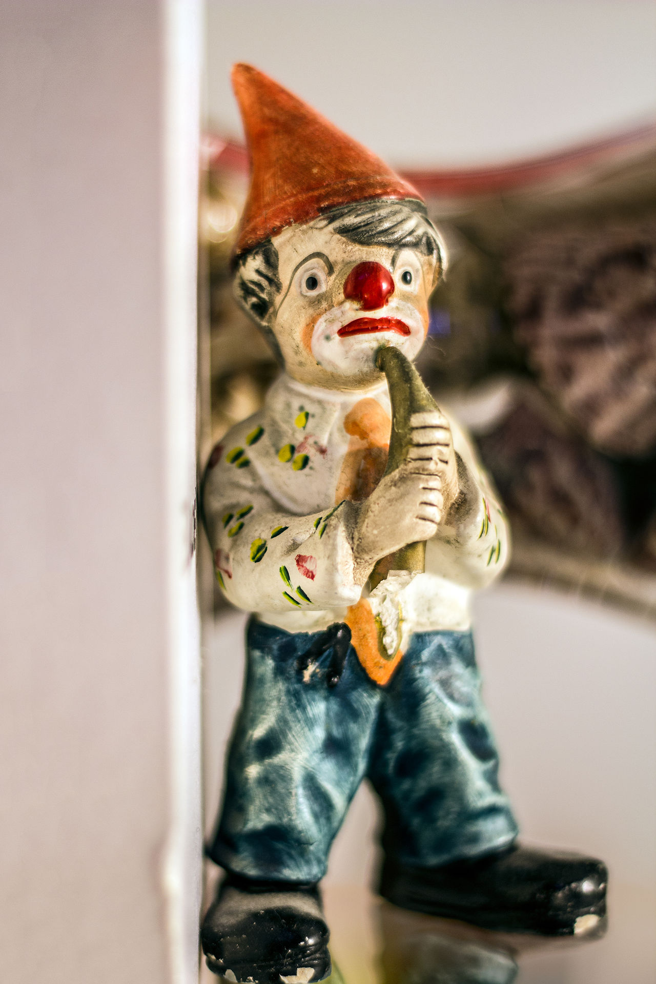 Payaso triste al saxo // Sad clown with saxo Clown Sadclown Payaso Payaso Triste Saxophone Saxofon Figura Figure Macro Photography Stock Stockphotography