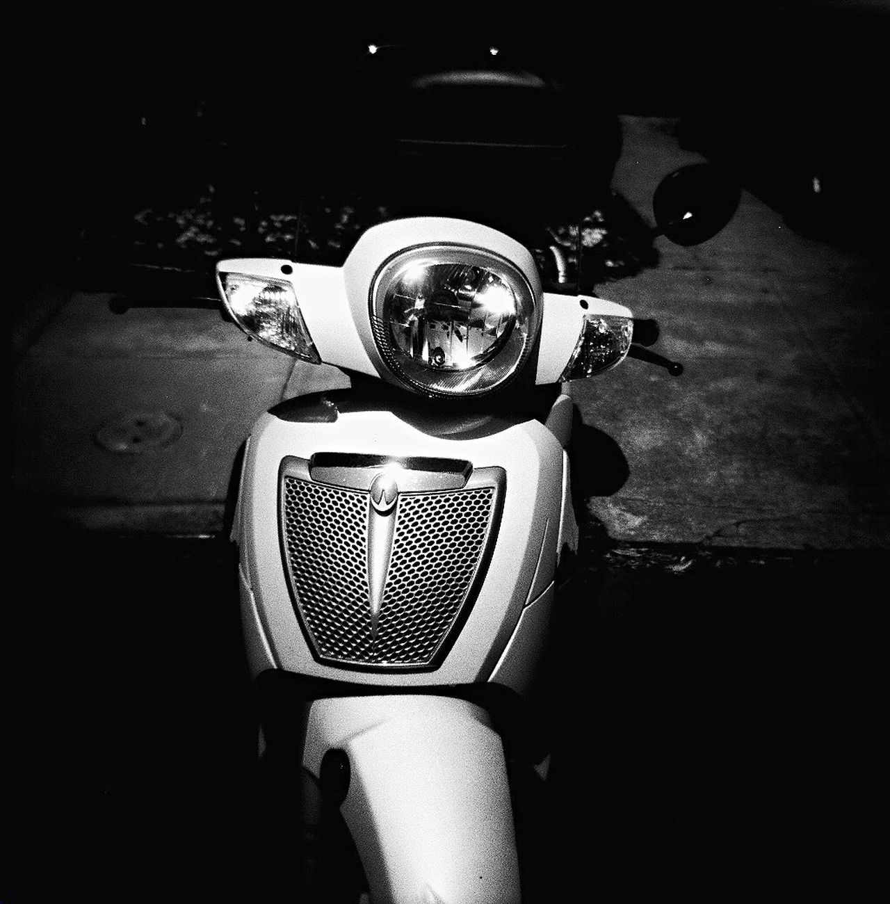 Close-up Koduckgirl Film Photography Film Blk N Wht Infrared Photography Vespa The City Light