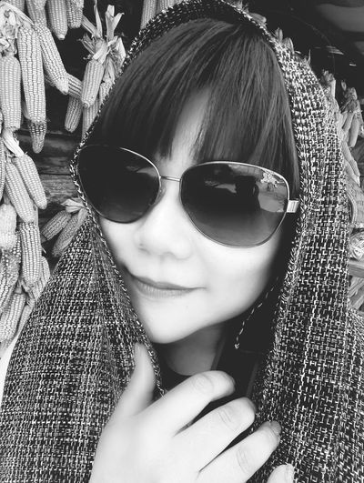 Hi! Having Fun Relaxing That's Me Enjoying Life Photo Around You Selfie ✌ KissMe Black & White Self Portrait 😘😘😘
