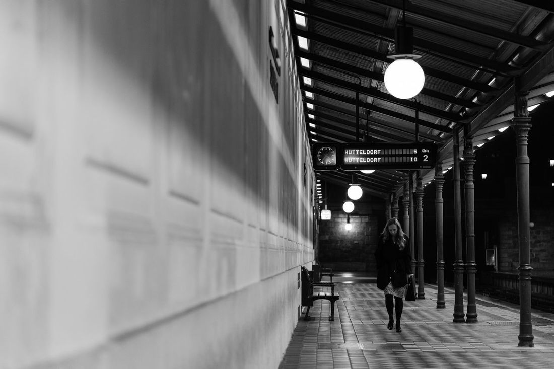 Vienna Wien IN WIEN Ubahn Urbanstation Subway Station Subway Subwayphotography ウィーン Alone Time Alone In The City  Alone Girl Subway People City Girl Black Blackandwhite Black And White Black & White Blackandwhite Photography Black&white Black And White Photography Blackandwhitephotography Alone Alone... Alone In The City