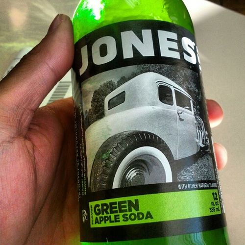 Can't remember the last time I had one of these. Jonessoda GreenApple