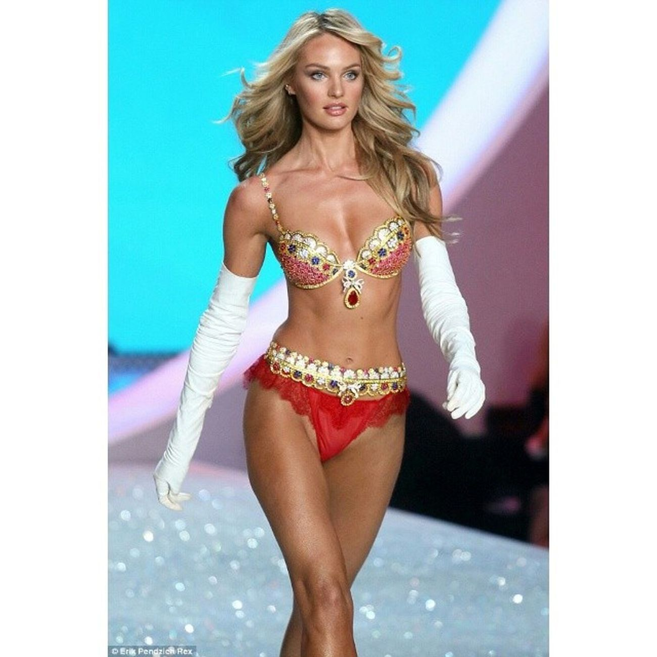 @angelcandices opens the runway with Vsfantasybra worth $10 million in Victoria's Secret Fashion Show 2013 VSfashionshow2013 .