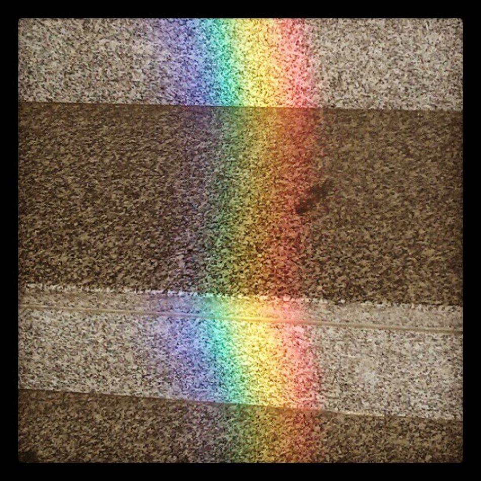 Puke rainbows. Biblio Stairs Instafunny Instagoodmorning